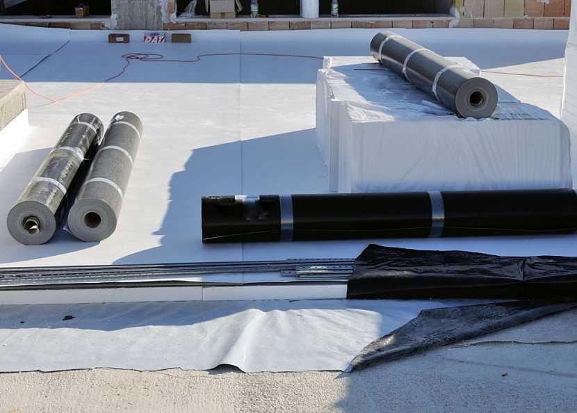 PVC izolace je také dodávaná v rolích