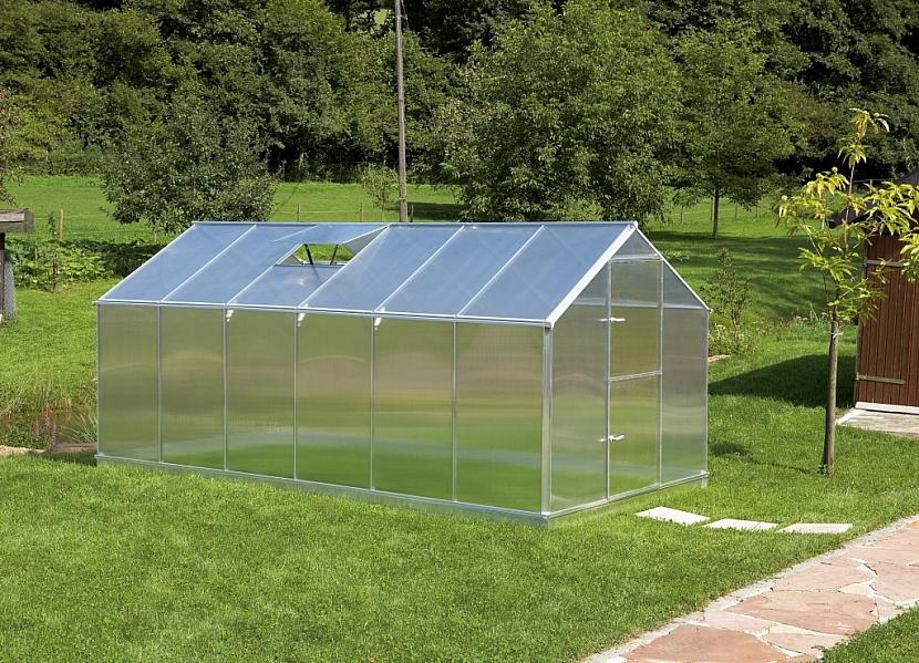 Odolné skleníky z polykarbonátu