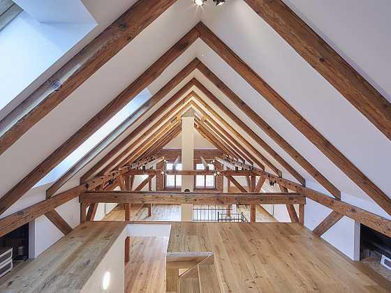 Velkolepé podkroví rodinného domu vykouzlené ze sádrokartonu (Zdroj: Rigips)