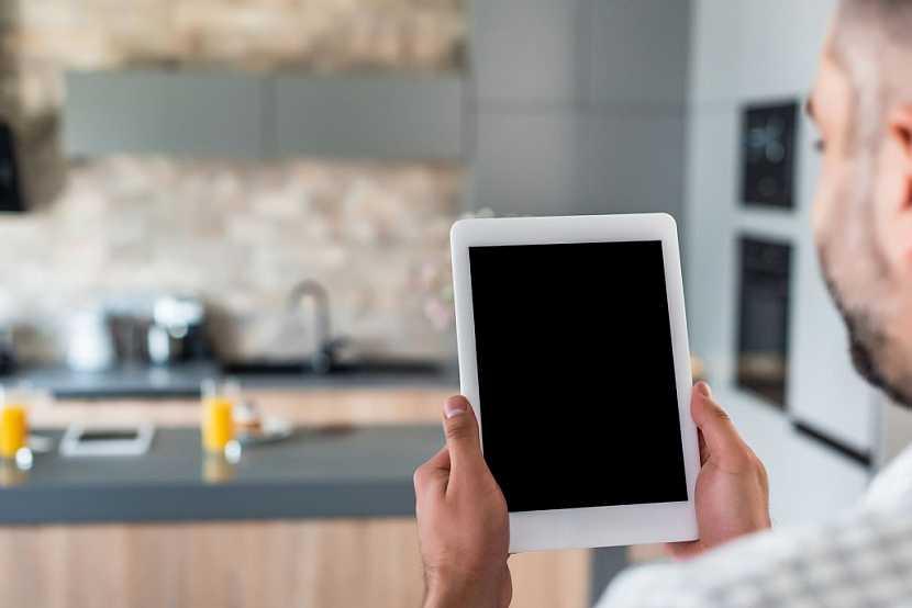 Inteligentní elektroinstalaci můžete ovládat například pomocí tabletu