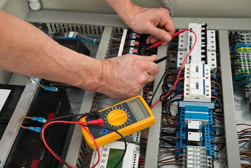 Kontrola elektroinstalace by měla probíhat jednou za pět let
