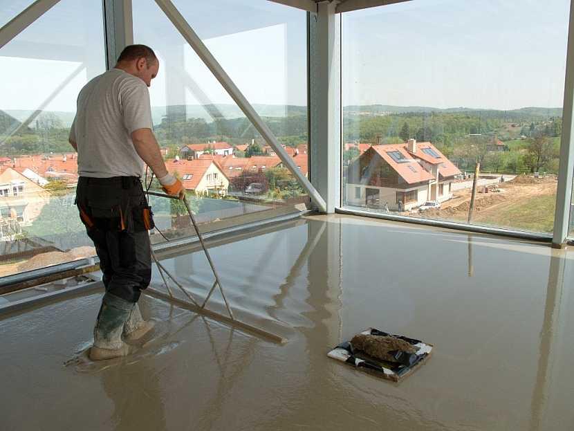 Kvalitní podlaha – co nám napoví praskliny v podlaze a jak jejich vzniku předcházet