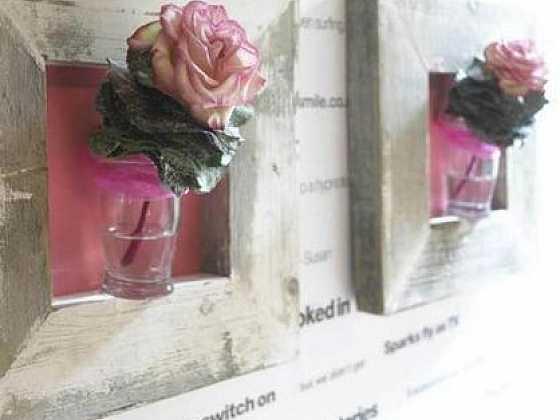 Květy v rámu
