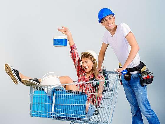 Jak ušetřit v prodejně s barvami (Zdroj: Depositphotos (https://cz.depositphotos.com))