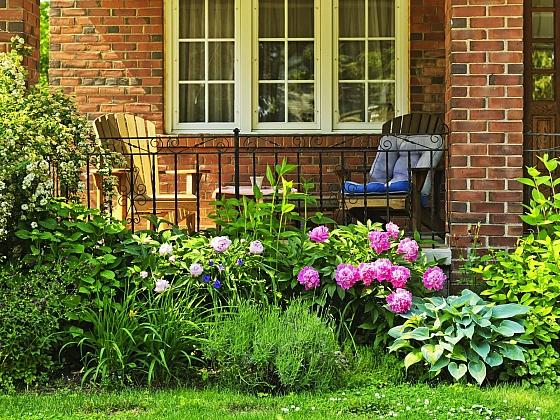 Posláním předzahrádky  je zejména dekorativní funkce (Zdroj: Depositphotos.com)