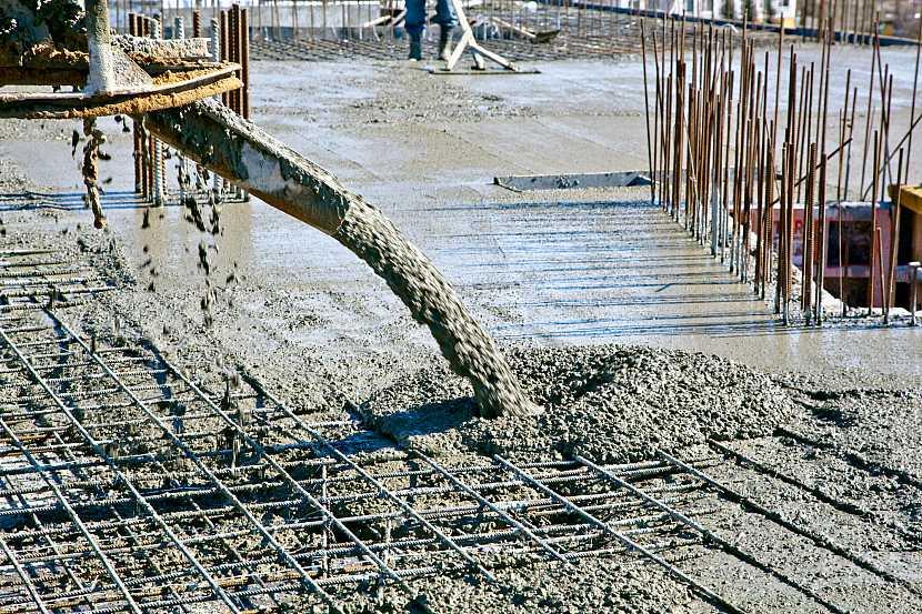 Betonování základů