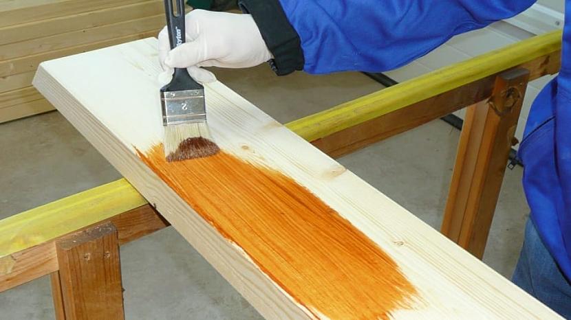 Jak prodloužit život dřevěnému zahradnímu nábytku & spol. 4