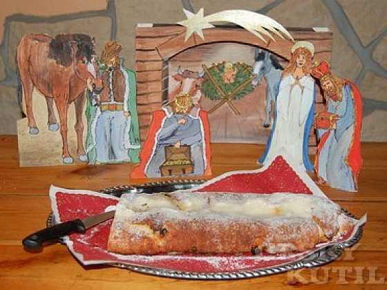 Vánoční štóla z tvarohu - nekynutá (Zdroj: Eva Kybalová)