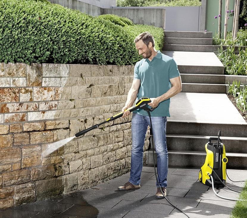 Úklid zahrady a okolí domu