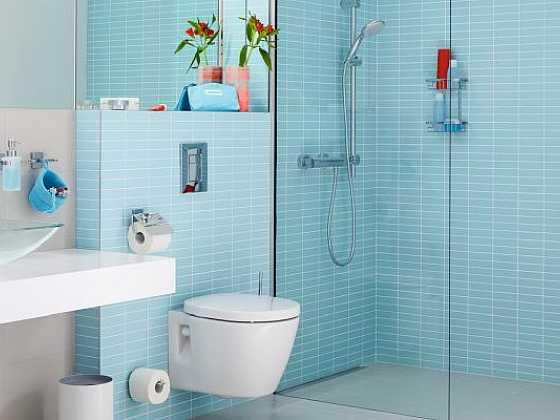 Atraktivní! Koupelnové doplňky bez vrtání. (Zdroj: tesa-tape)