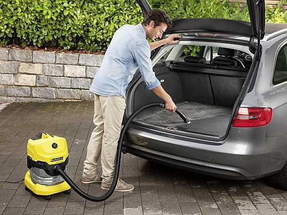 Jak vyčistit interiér auta?