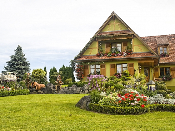 Jak sladit dům se zahradou?  (Zdroj: Depositphotos.com)