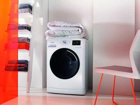 Aby pračka dlouho vydržela – tipy od společnosti Whirlpool