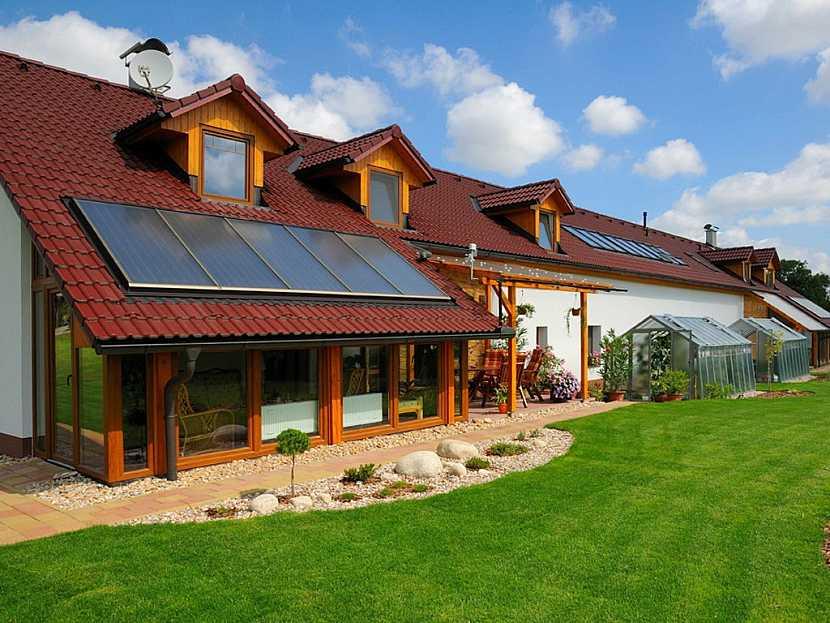 Střecha se solárními kolektory
