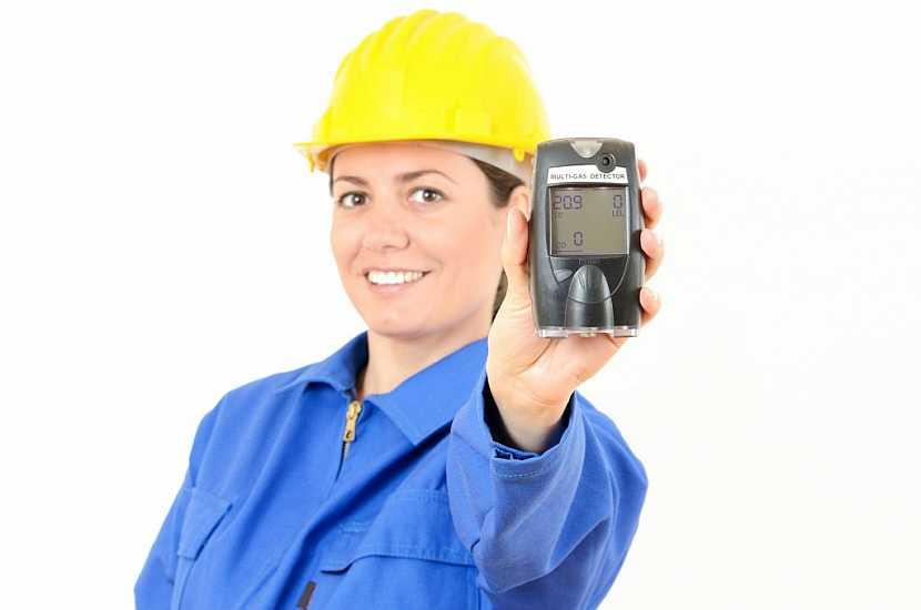 Pomocí přístrojů dokážou plynaři či hasiči změřit koncentraci plynů v ovzduší