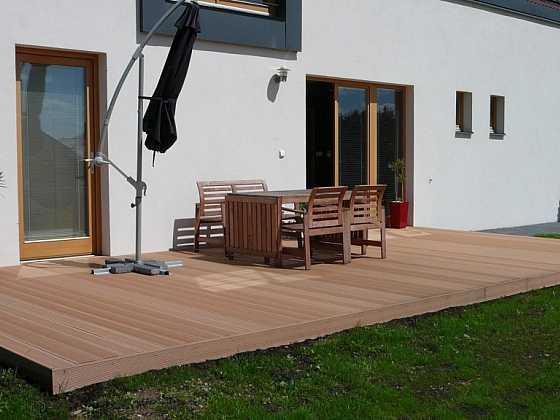 Montáž dřevoplastové terasy