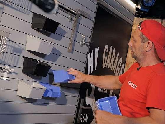 Pořiďte si závěsný systém na zeď, instalaci hravě zvládnete (Zdroj: Prima DOMA MEDIA, s.r.o.)