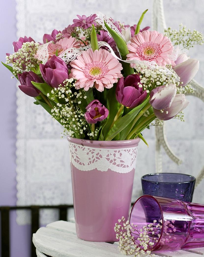 Romantická květnová kytice 3