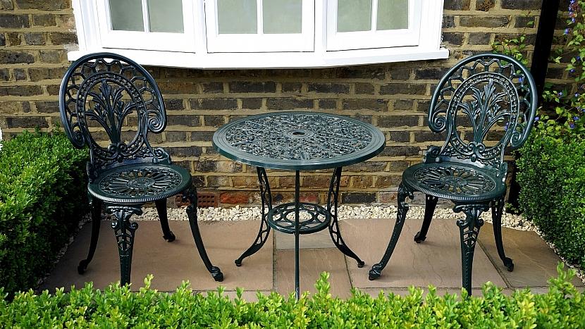 Podzimní péče o zahradní nábytek 5