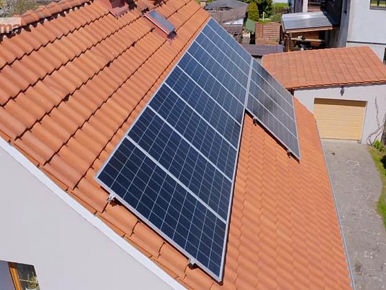 Správné umístění solárních panelů hraje pro funkčnost fotovoltaiky velkou roli (Zdroj: Prima DOMA)