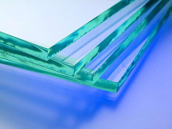Broušení skla a vrtání do skla správně a bezpečně (Zdroj: Depositphotos (https://cz.depositphotos.com))