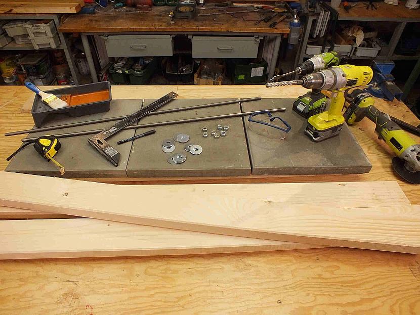 Materiál na výrobu lavice