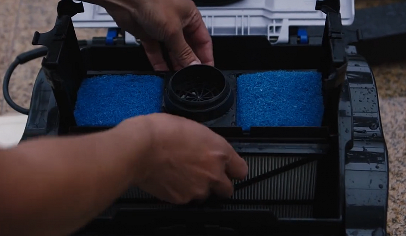 Filtr čisticího robota