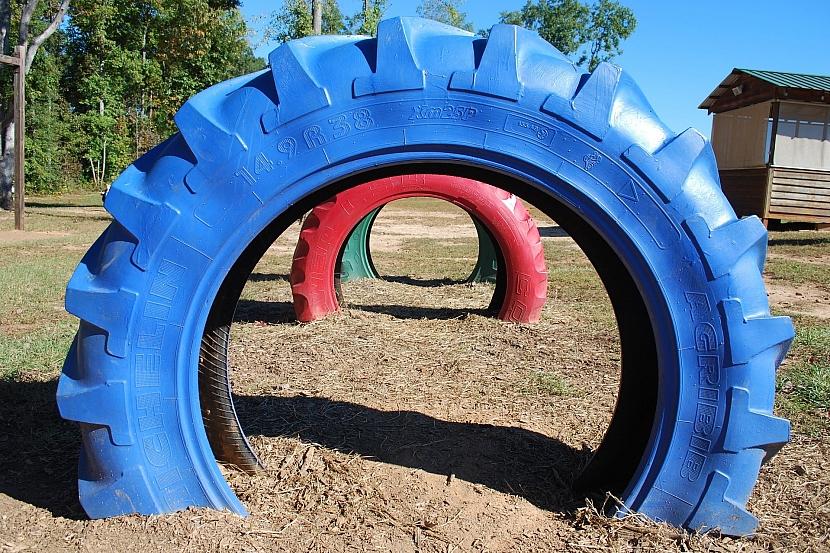 Staré pneumatiky k pobavení dětí i dospělých 1