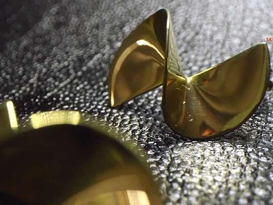 Zlatnice má spoustu práce. Stále více lidí dává přednost neotřelým ručním šperkům (Zdroj: Prima DOMA MEDIA, s.r.o.)