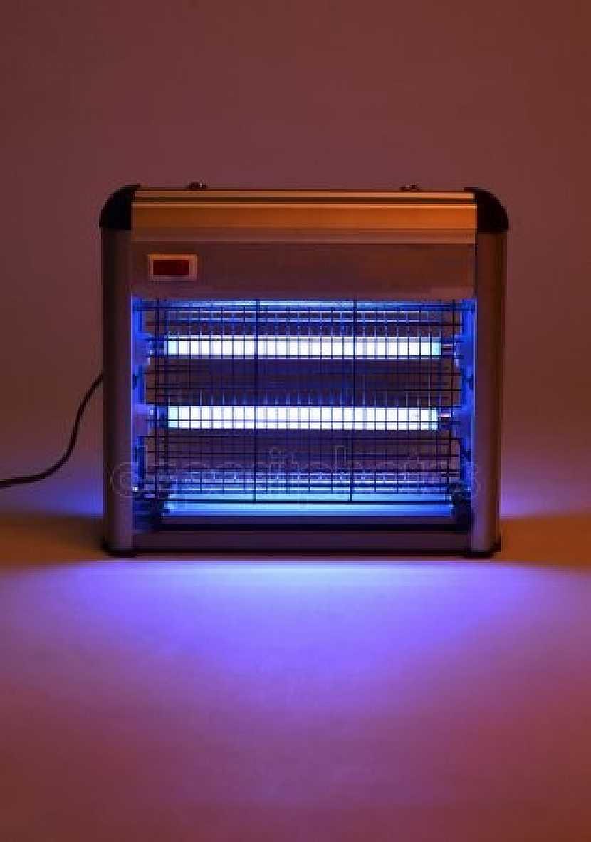 Elektrický lapač pracuje na principu UV záření