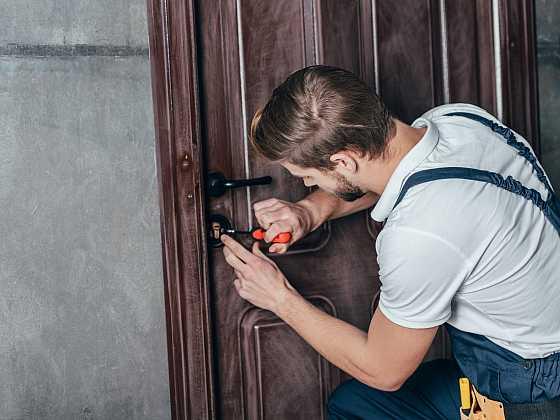 Výměnu vložky v zámku zvládnete v pohodě sami (Zdroj: Depositphotos)