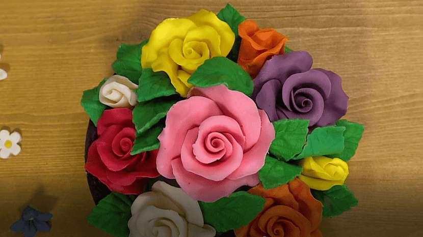 Jedlé květy z čokohmoty