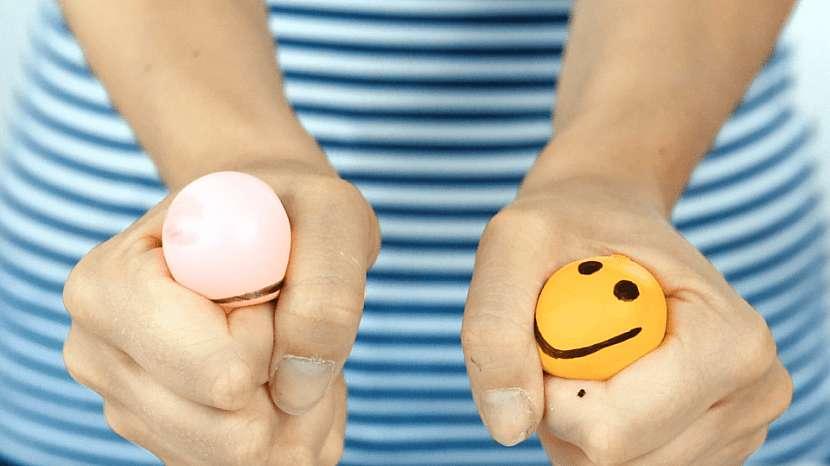 Antistresový míček z nafukovacího balonku aneb Mačkáním ke klidu 4