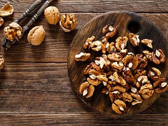 Skladujte vlašské ořechy správně, jen tak vydrží dlouho v dobré kondici (Zdroj: Depositphotos (https://cz.depositphotos.com))