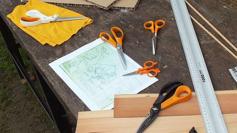Hrad z kartonu: nakreslíme si návrh i s rozměry