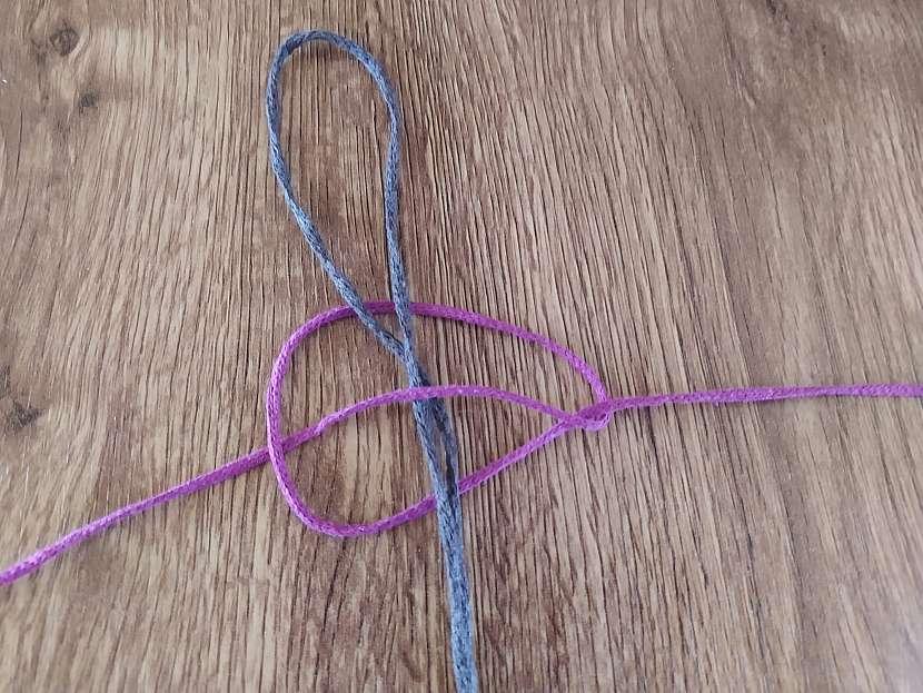 Vázání uzlu