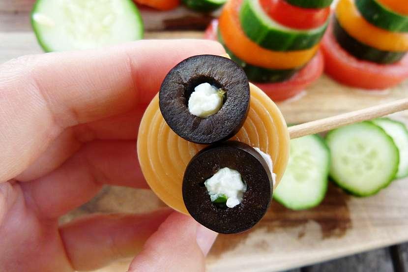 Panáčci ze zeleniny aneb Vesele a hravě na zdravou pochoutku s česnekovou pomazánkou 6