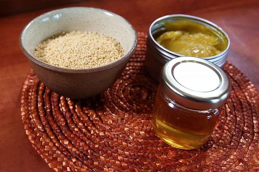 Domácí medový krém: tajemství jeho výroby - lecitin, lanolin a med