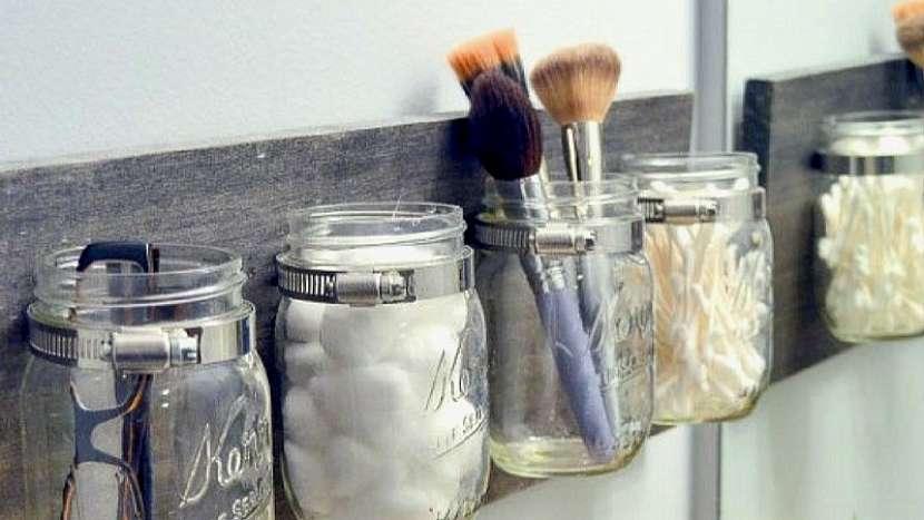 Tipy na recyklaci skla: organizéry na drobnosti
