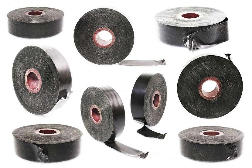 Kovové pásky