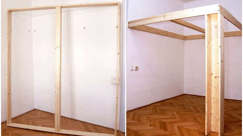 Patro na spaní: vyměříme střed vnitřku rámu; část v prostoru bude podepírat noha