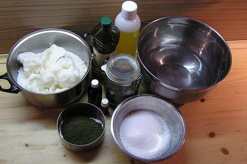 Kopřivový šampon: Postup výroby mýdla nebo šamponu 2