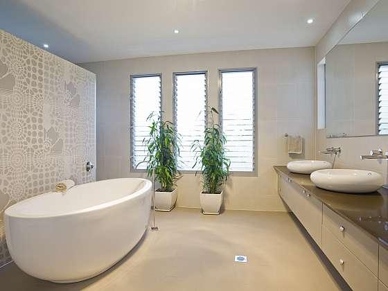 Podle čeho vybírat obklady do koupelny ze současné pestré nabídky (Zdroj: Depositphotos)