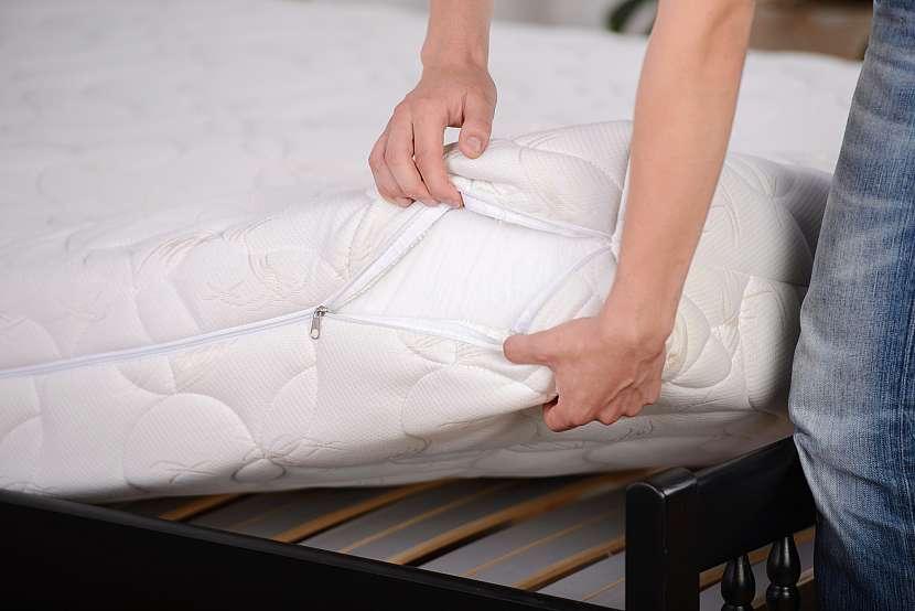 Povlak na matraci