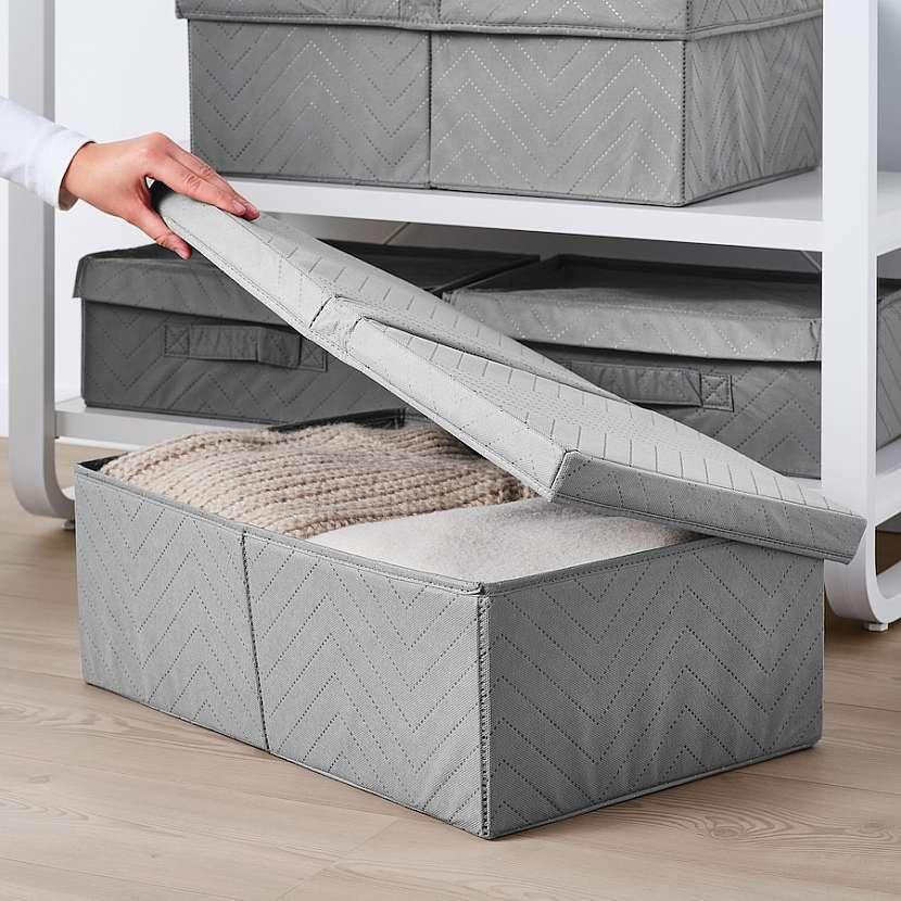 Krabice FULLSMOCKAD na oblečení ze 100 % polypropylenu