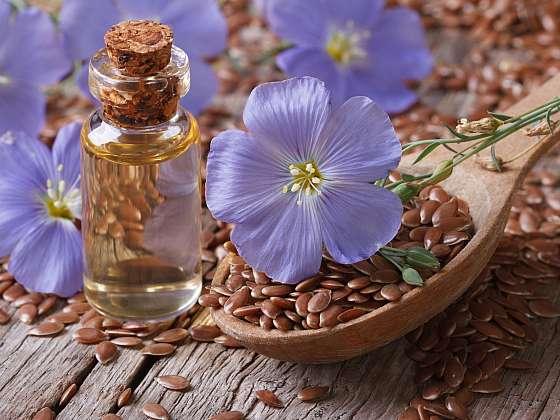 Lněná semínka jsou už po tisíciletí známa jako zázračný lék (Zdroj: Depositphotos (https://cz.depositphotos.com))