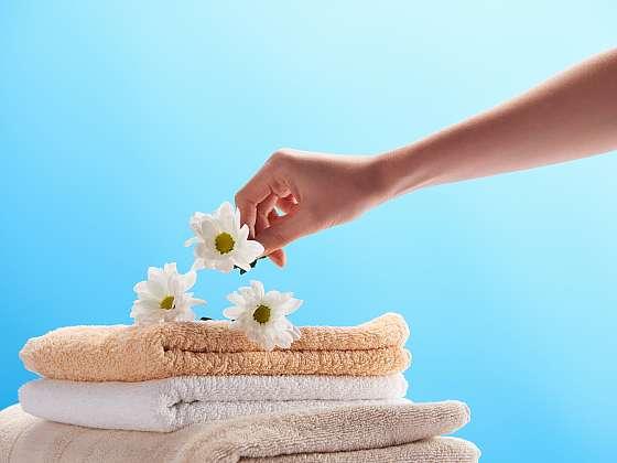 Tam, kde je alergik, nemocný nebo člověk s oslabenou imunitou, je nutné prádlo pravidelně dezinfikovat. Poradíme vám jak na to (Zdroj: Depositphotos)