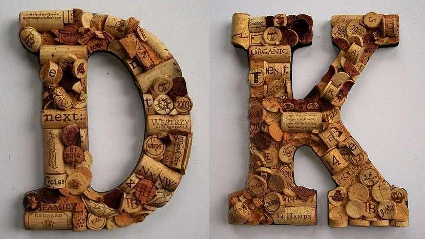 Dekorační iniciály