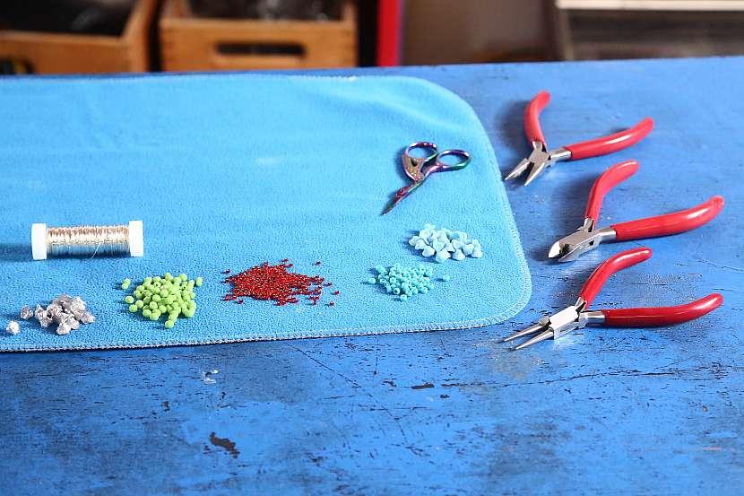 Materiál k výrobě korálků