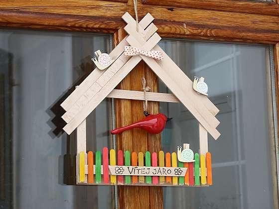 Vytvořte si dekoraci na plot z podpalových dřívek (Zdroj: archiv FTV Prima)